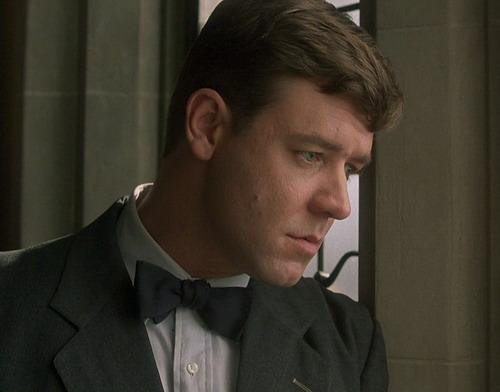 Tài tử Russell Crowe vào vai John Nash.