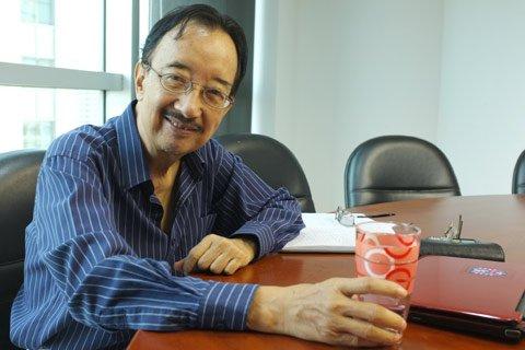 TS Alan Phan, thiện tâm, hài hòa, nguy kịch