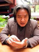 Anh hề triết học, chàng Đông-ki-sốt văn chương