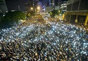Bản sắc Hồng Kông và gốc rễ kinh tế của cuộc biểu tình