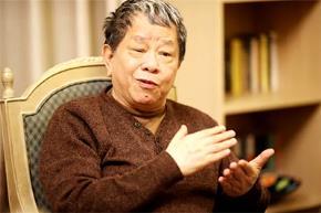 Nhà nghiên cứu Nguyễn Trần Bạt trả lời phỏng vấn