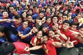 Thế hệ trẻ chung tay tiếp nối xây dựng một Việt Nam giàu mạnh, dân chủ, công bằng, văn minh. Ảnh: Minh Khuê