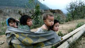 Trẻ em Tây Bắc mùa đông giá lạnh