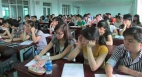 Do lối giáo dục thụ động, nhiều sinh viên Việt Nam cảm thấy khó khăn khi phải đưa ra quyết định của riêng mình.