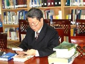 Nguyễn Trần Bạt: Viết vì sự tiến bộ