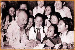 45 năm trước, Bác Hồ đã nói về những hiện thực của... ngày hôm nay!