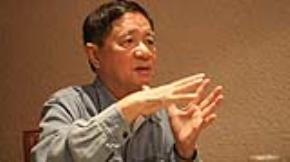 Ông Hoàng Ngọc Hiến - Ảnh: Nguyễn Đình Toán