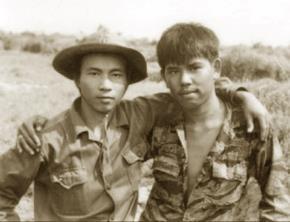 """""""Hai người lính"""" tại vùng giáp ranh hai phía thuộc Quảng Trị năm 1973"""
