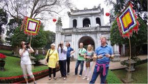 Văn Miếu - Quốc Tử Giám, một trong những di tích Nho học thu hút khách trong và ngoài nước tham quan. Ảnh: Nhật Nam