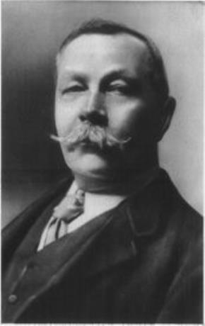 """Nhà văn Conan Doyle, cha đẻ tiểu thuyết """"Thám tử Sherlock Holmes"""" lừng danh, là người rất mê cầu hồn"""