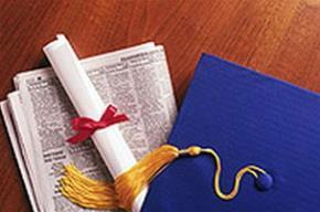 Bạn đi học đại học là vì yêu thích hay chạy theo sở thích của bạn bè hoặc cha mẹ?