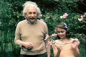 Albert Einstein và con gái Lieserl Einstein