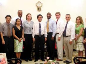 Các nhà lãnh đạo chính trị trẻ Hoa Kỳ gặp gỡ lãnh đạo TP Đà Nẵng 9/9/2005