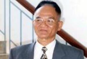Học giả Hoàng Xuân Việt