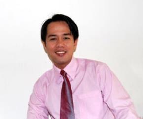 Tiến sĩ tâm lý Huỳnh Văn Sơn