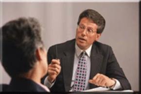 Các sếp có dám gạt bỏ tự ái để nhường chỗ cho người tài?