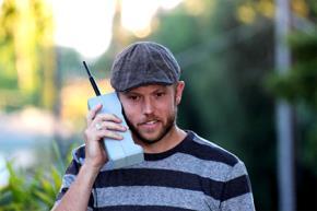 Câu chuyện chiếc điện thoại 'cục gạch' và bài học cuộc sống