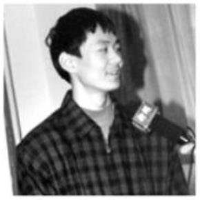 Người con ấy đã không phụ lòng cả gia đình để trở thành niềm tự hào của cả Trung Quốc khi đạt Huy chương Vàng tại kỳ thi IMO (Olympic Toán quốc tế) năm 1997