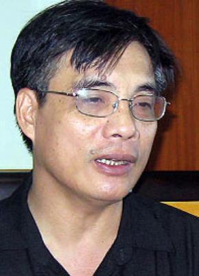 PGS TS Trần Đình Thiên - Phó Viện trưởng Viện Kinh tế Việt Nam