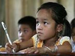 Giáo dục không chỉ lạc hậu mà còn đang… lạc lối