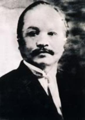 """Phan Văn Trường (1876 - 1933) là một luật sư, một nhà báo yêu nước Việt Nam. Ông là một trong 4 người ký tên vào """"Yêu sách của nhân dân An Nam"""" và được coi là kiến trúc sư của văn bản này."""