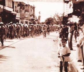 Nhớ lại ngày giải phóng Thủ đô 50 năm trước
