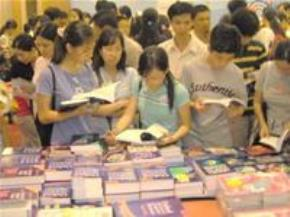 Các bạn trẻ trong ngày hội đọc sách