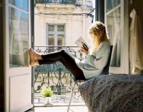 6 cách giúp bạn vượt qua sự lười nhác và thích đọc sách hơn