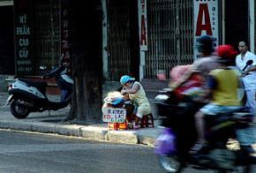Thói hư tật xấu của người Việt: Ăn xổi ở thì, trí tuệ tầm thường