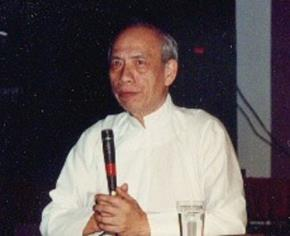Giáo sư Kim Định (1915 – 1997) là giáo sư, nhà triết học, linh mục Việt Nam