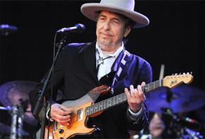 Nhạc sĩ, ca sĩ Bob Dylan là chủ nhân của giải thưởng Nobel Văn học 2016