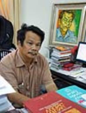 Ông Trần Quang Quý, phó Giám đốc NXB Hội nhà văn