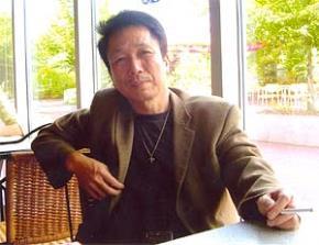 Phú Quang: Vẫn còn nhau, mùi hoa sữa mùa yêu…