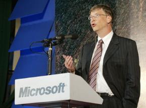 Bill Gates phát biểu tại trường Đại học Bách Khoa HN.