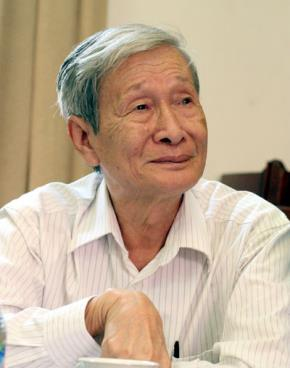 Nhà văn Nguyễn Xuân Khánh - Ảnh: Ngọc Thắng