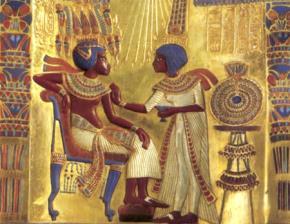 Hoàng đế cổ đại Tutankhamun bên hoàng hậu Ankhesenamun