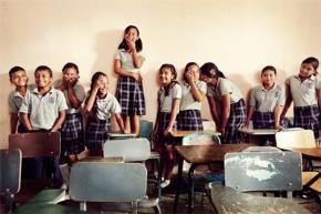 Những em học sinh nghèo tại Matamoros, Mexico (Wired)