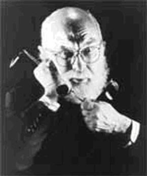 """James Randi bóc trần khả năng """"bẻ cong thìa bằng ý nghĩ"""""""