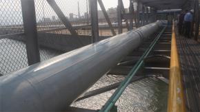 Hệ thống ống xả thải của Formosa nối trực tiếp ra biển. Ảnh: Nguyễn Dũng