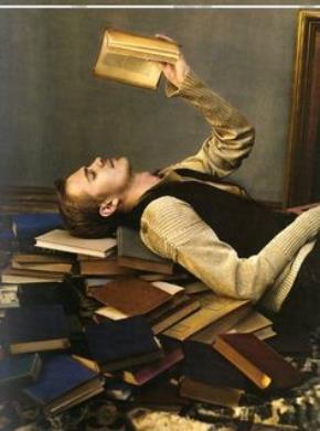 Bắt sách vở chịu trách nhiệm cuộc đời mình?