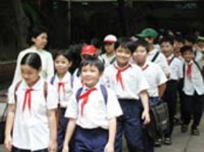 Việc học tập, giáo dục đúng cách sẽ tác động trực tiếp đến việc hình thành nhân cách trẻ thơ.