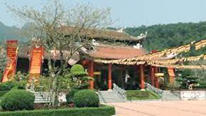 Chuyến du lịch tới Yên Tử là một chuyến du lịch tâm linh