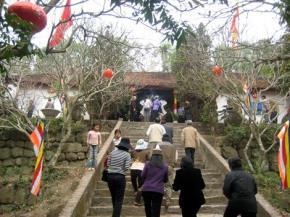 Đến Chùa để cầu xin may mắn và tài lộc liệu có đúng với tinh thần Phật Giáo?