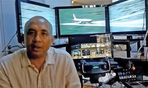 Điều tra về mô hình tập bay lấy từ nhà của cơ trưởng  Zaharie Ahmad Shah MH370 cho thấy, có một phần mềm Microsoft Flight Simulator 2004 với 5 đường băng thực tập: sân bay quốc tế Male ở Maldives, ba sân bay ở Ấn Độ và Sri Lanka và một sân bay thuộc về că