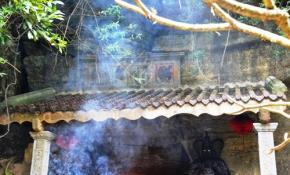 """Thần, Phật linh thiêng xin phù hộ người Việt cứu lấy """"hồn"""" dân tộc"""