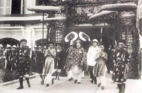 Vua Bảo Đại thoái vị năm 1945