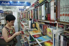 Gây dựng thương hiệu sách Việt