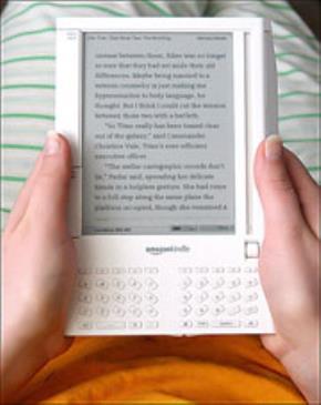 Tỉ phú Mỹ Jeffrey Bezos: Át vía sách in