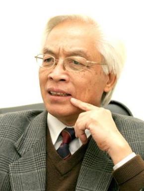 GSTS Chu Hảo, giám đốc NXB Tri Thức