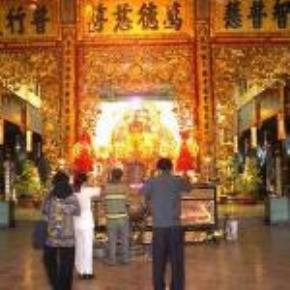 Thói hư tật xấu của người Việt: quá viển vông, tầm thường hóa, quá tin sách, tín ngưỡng nông